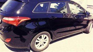 Samochód umyty przy wykorzystaniu myjni parowej